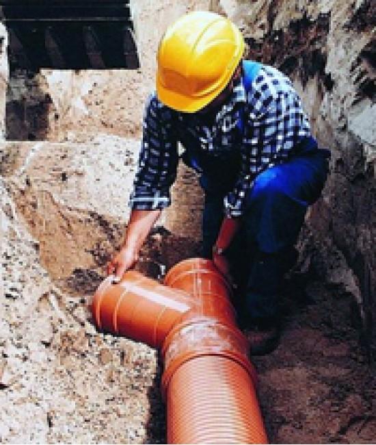 Монтаж наружной местной канализации